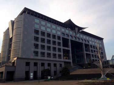 福岡 クローバプラザ