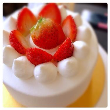 peonyの苺の生クリームケーキ