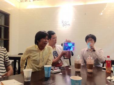 韓国のKPOP界にラップを取り入れたアーティストを紹介するメンバー
