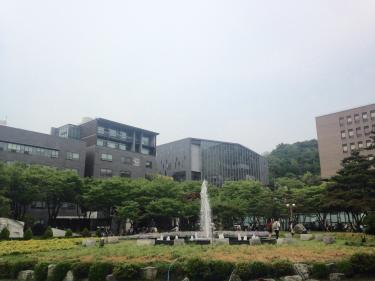 なんとかお天気もってくれました^^崇実大学にて。