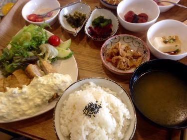 韓国で初めて食べる❛チキン南蛮❜