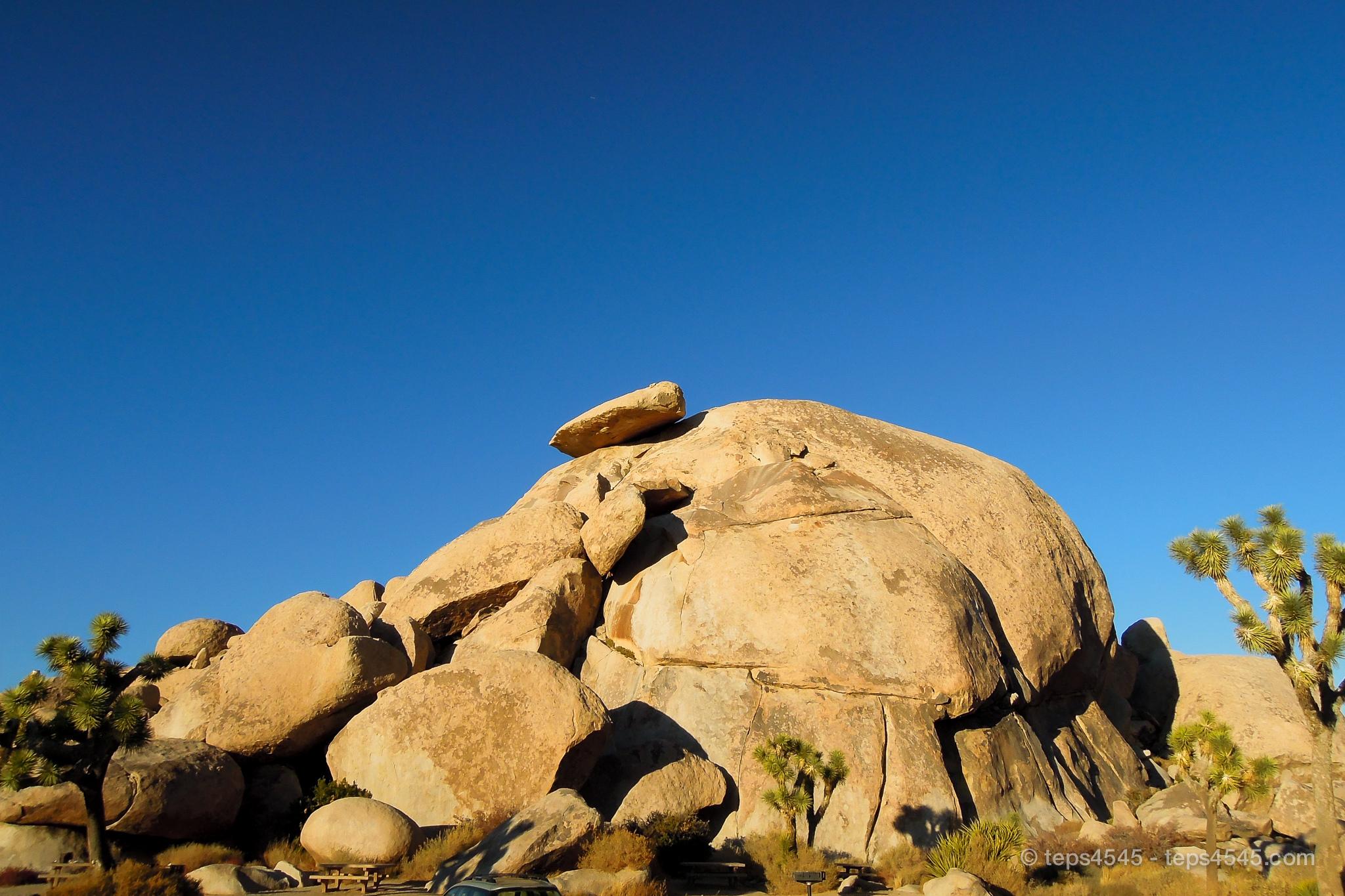 帽子の様な形のcap Rock