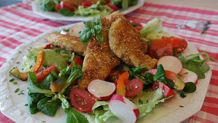 chicken-breast-748776__180[1]