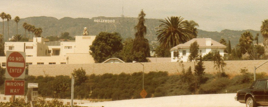 ハリウッドの山①