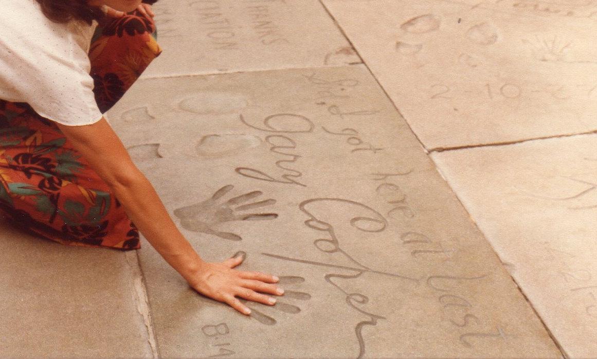 ハリウッド・手形母