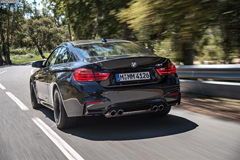 2014-BMW-M4-Schwarz-F82-Coupe-Saphirschwarz.jpg