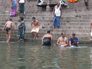 ガンジス河の沐浴