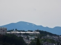 船形山の雪渓が見える