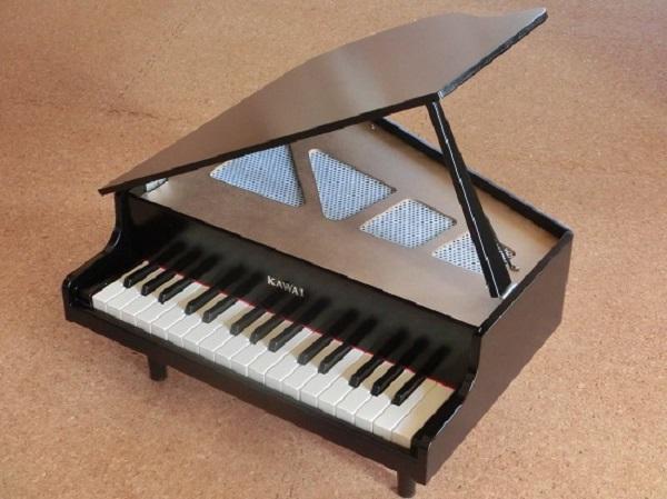 カワイ ミニピアノ2