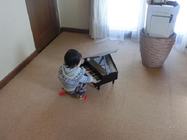 カワイ ミニピアノ6