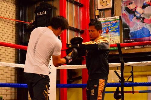 ボクシングジム 147