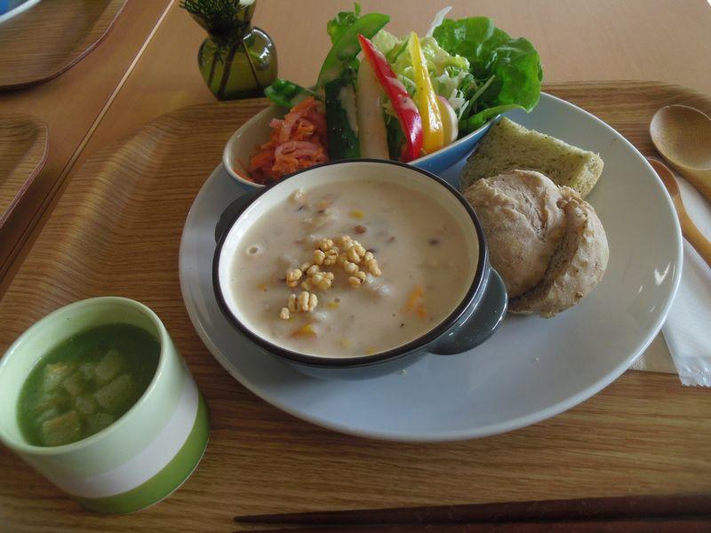 lunch_20141221022113375.jpg