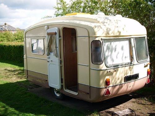 vintage-caravan-3.jpg