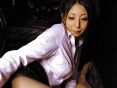 Gカップ98cm 8頭身の長身美女・秋吉ひなが美脚パンストで魅せるフェティシズムの世界
