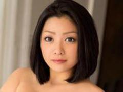 小向美奈子…スライムボインの女体めがけて無数のチンポが襲い掛かる乱交セックス!