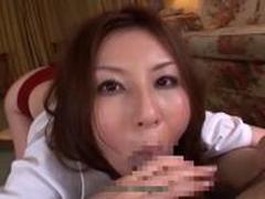 辰巳ゆい ブルマを履いたお姉さんがチンポをフェラ抜き!
