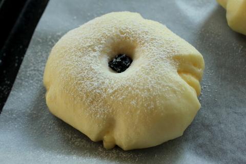 15.05.29チーズクリームパン3