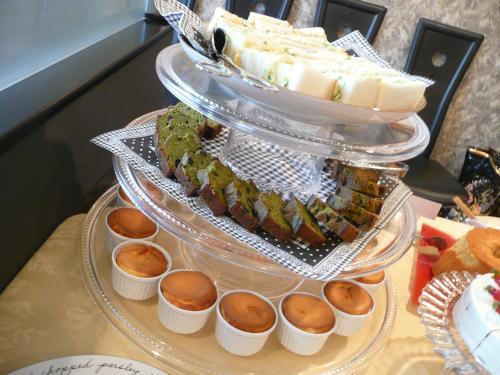 チーズケーキ・抹茶と黒豆のパウンドケーキ・サンドイッチ
