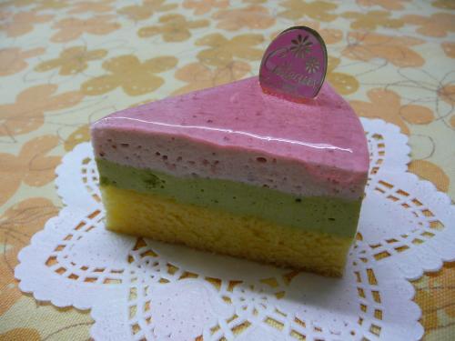 おひなまつりムースケーキ