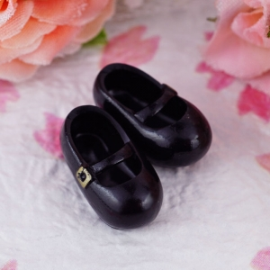 15-2-16-shoes-01.jpg