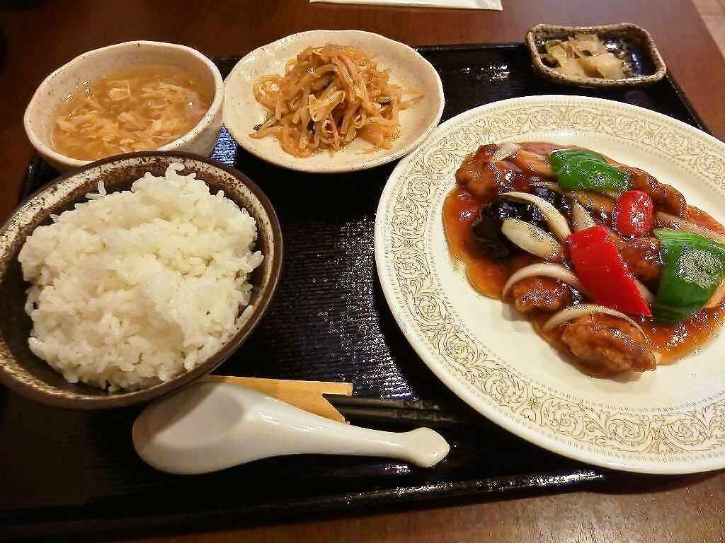 foodpic5778205s-.jpg
