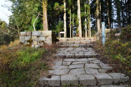 5岩村城土岐の門