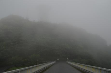 6もっとひどい霧のパラボラアンテナ