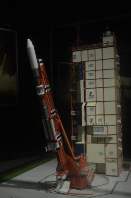 9ロケット発射模型
