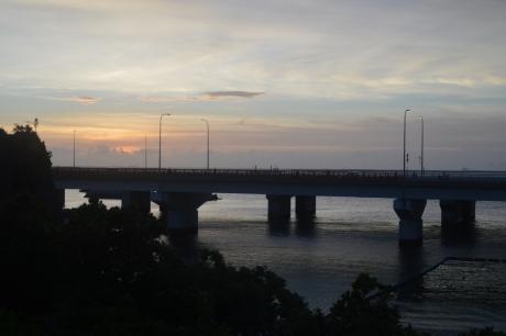 2沖縄の夕暮れ