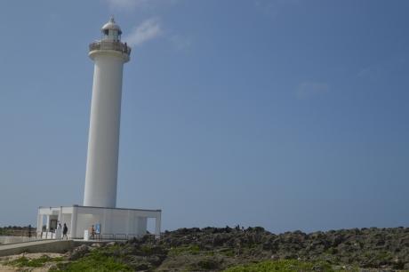 13登れる灯台残波岬