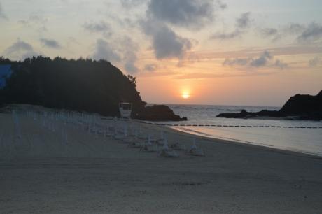 18ビーチで夕焼け