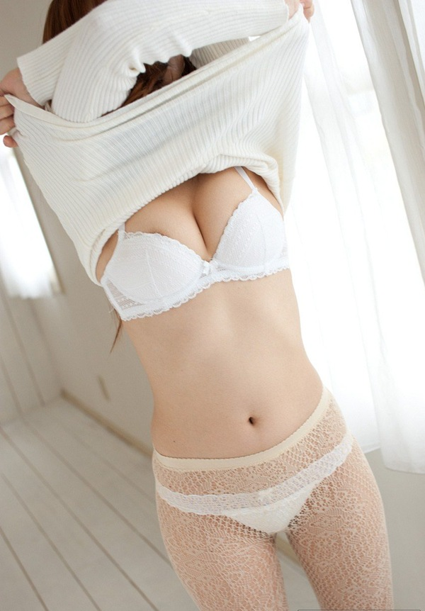 【瑠川リナ】