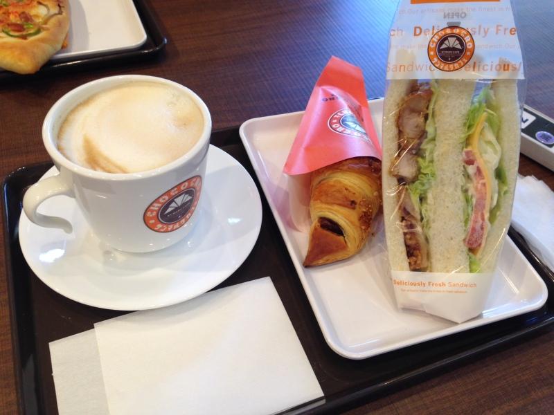 サンマルクカフェのペペロンチーノ