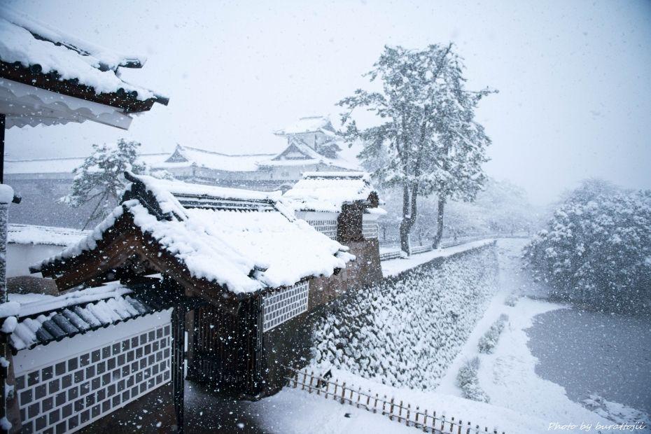 2014.12.06雪の金沢城公園8