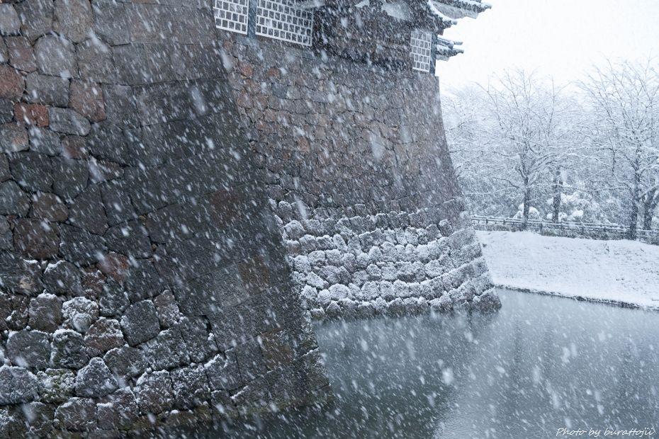2014.12.06雪の金沢城公園6