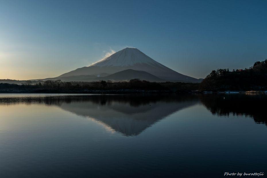 2015.02.27精進湖の早朝1