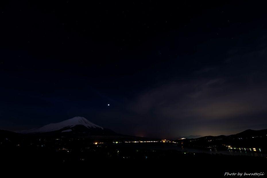 2015.02.28山中湖の昼から夜へ12.1844