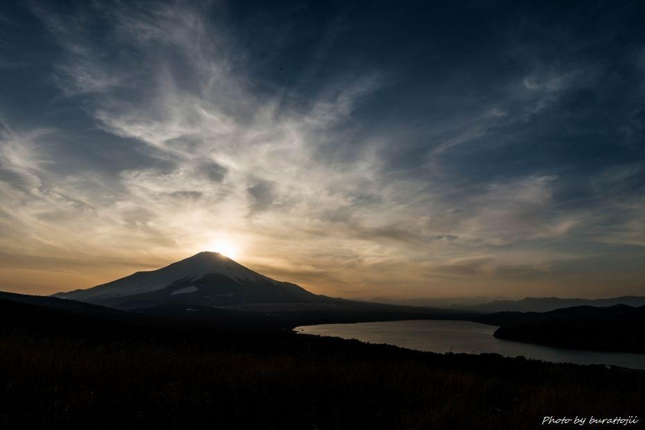 2015.02.28山中湖の昼から夜へ9.1654