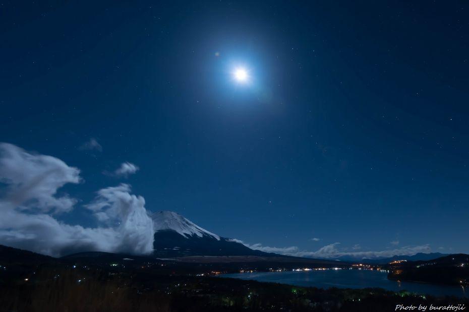 2015.03.02山中湖パノラマ台の夜景1.0030