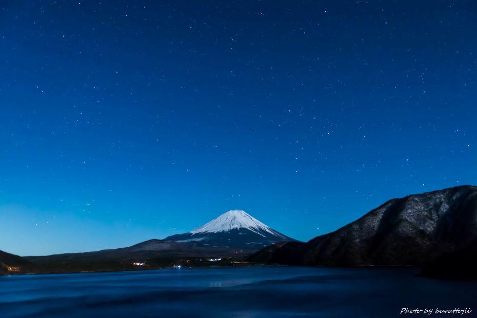 2015.03.02本栖湖の星景1