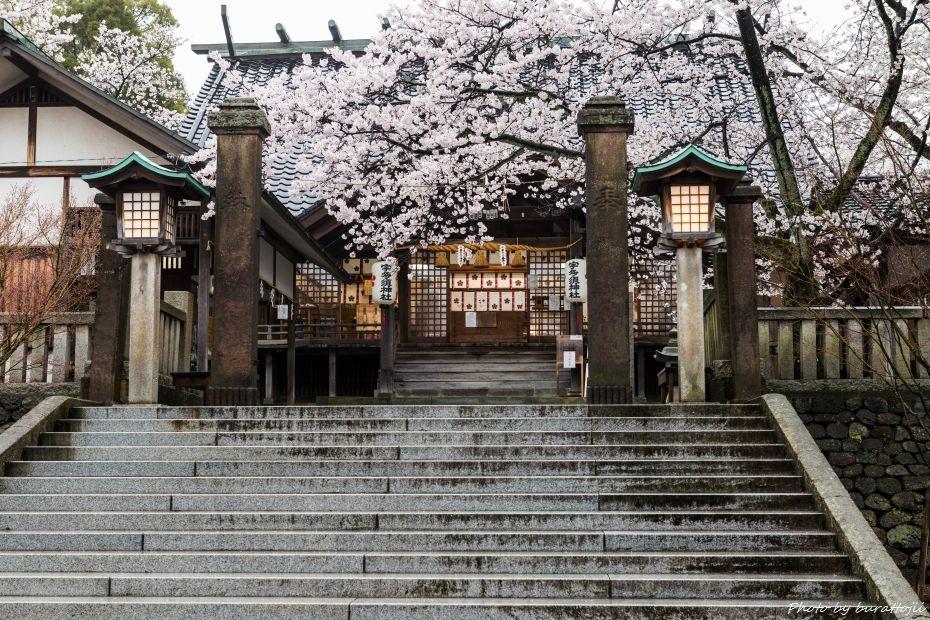 2015.04.05雨のひがし茶屋街7
