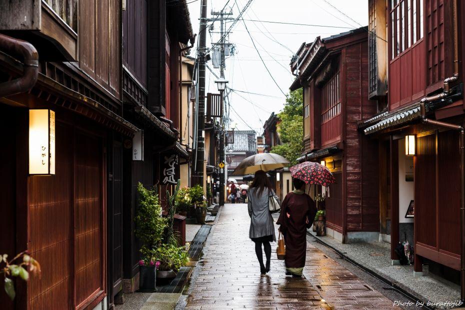 2015.04.05雨のひがし茶屋街5