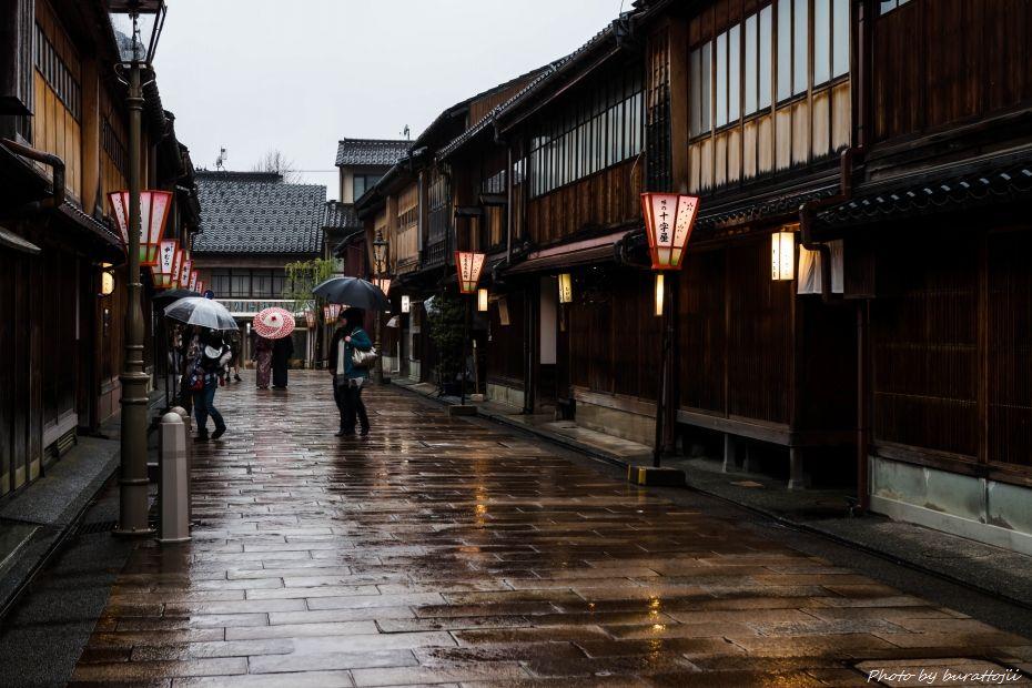 2015.04.05雨のひがし茶屋街2