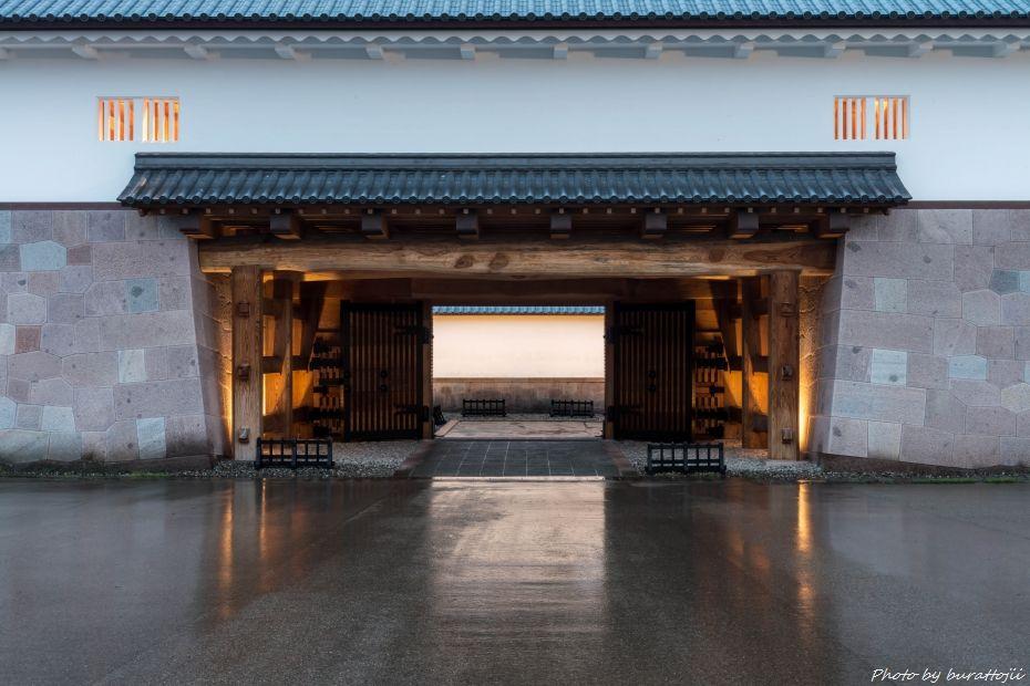 2015.04.06雨の金沢城6