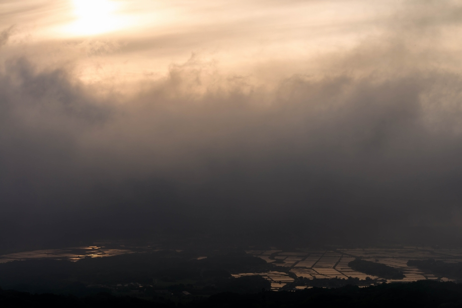 2015.05.08宝達山から夕陽5.1752
