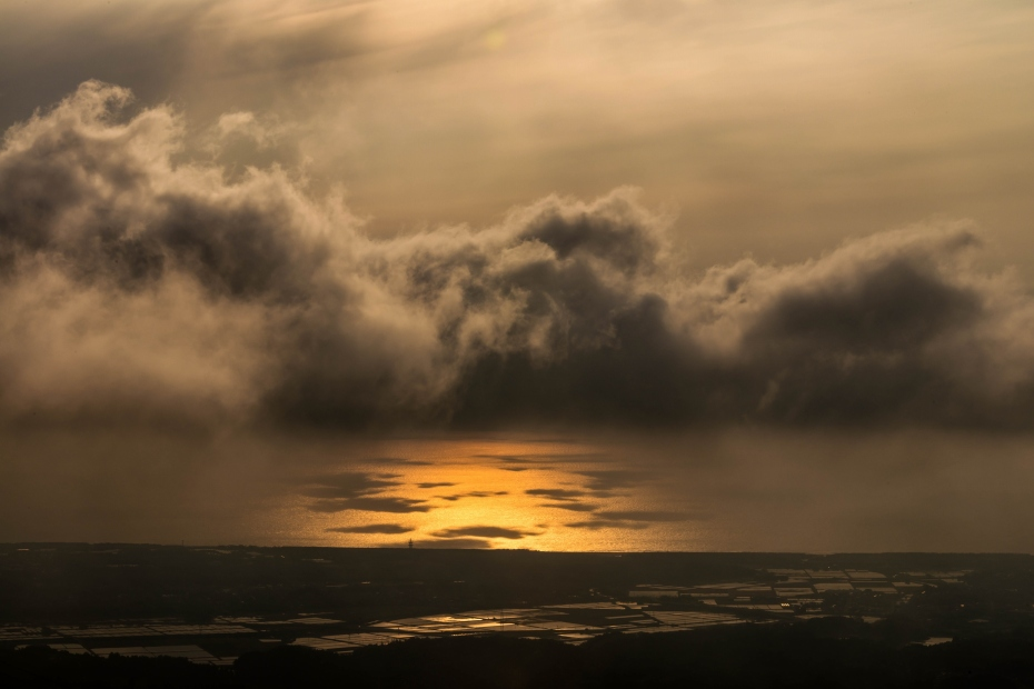 2015.05.08宝達山から夕陽4.1730
