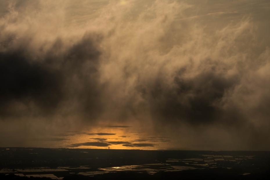 2015.05.08宝達山から夕陽3.1721