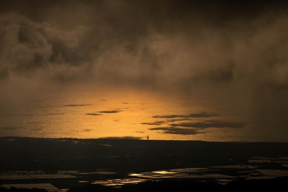 2015.05.08宝達山から夕陽1.1711