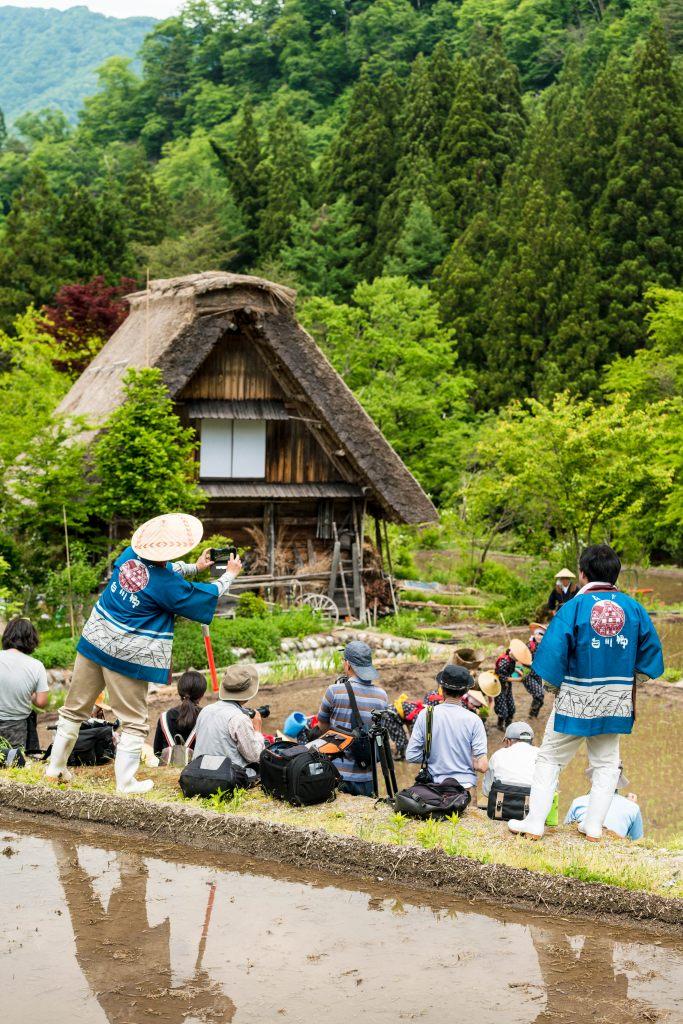 2015.05.25白川郷田植えまつり24