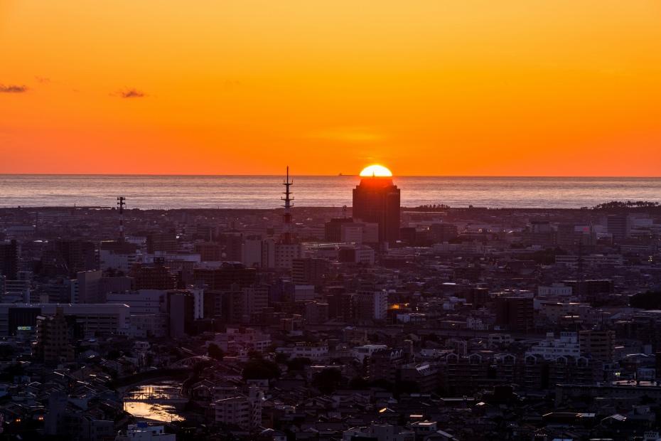 2015.06.04卯辰山から日本海夕陽3.1907
